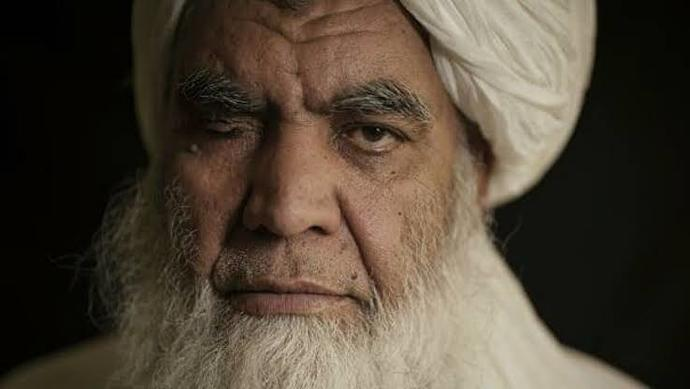 """Taliban'ın ceza infaz yöntemi olarak """"el"""" kesmesi hakkında ne düşünüyorsun 💭 ?"""