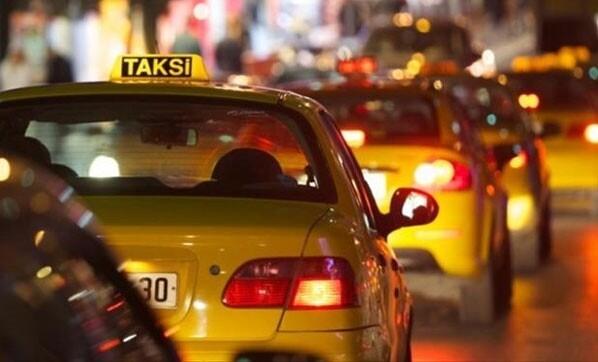 İçişleri Bakanlığından taksi genelgesi:Yolcu almamakta ısrar edenlere trafikten men cezası gelebilir. Kararı nasıl buldunuz?