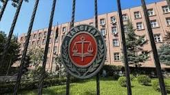Yüksek mahkeme soytarı demeyi hakaret olarak kabul etti! Sen günlük hayatında çok küfür eder misin?