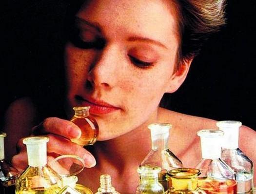 afrodizyaklı parfüm