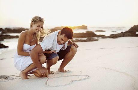 Aşk hayatınızı soran insanlara dürüst yanıtlar veriyor musunuz?