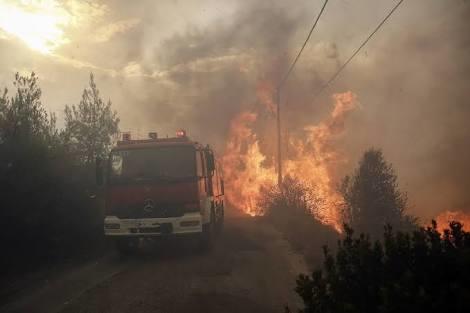 Komşu yanıyor, bazı Türkler seviniyor. Yunanistan'da yaşanan yangın felaketine sevinen insanlar hakkında ne düşünüyorsun?