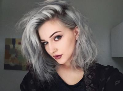Gri Beyaz Saç Rengini Kadınlara Yakıştırıyor Musunuz Kizlarsoruyor