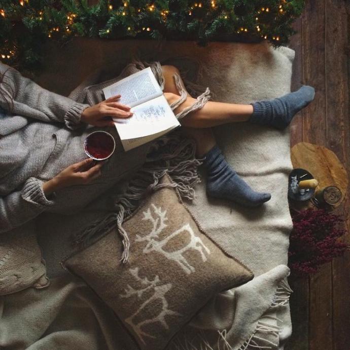 Dinleyecek şarkı, okunacak kitap, izlenecek film sıkıntısı çekenlere bir kaç öneride bulunur musunuz?